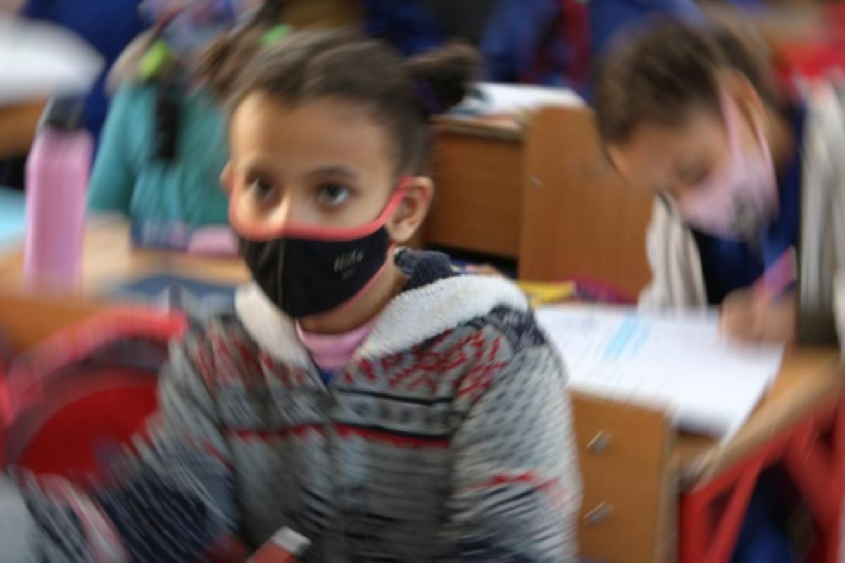 Potrebe i izazovi nastave za djecu izbjeglice u online nastavi tijekom pandemije koronavirusa
